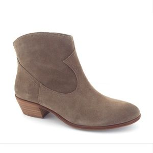 New SAM EDELMAN Taupe Suede Block Heel Booties 8.5
